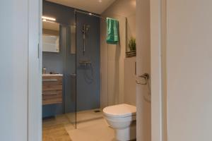 A bathroom at JOINN! City Lofts Houten Utrecht