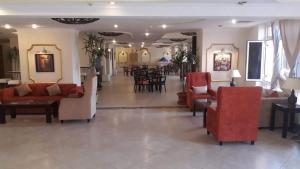 The lobby or reception area at Dome Marina Hotel & Resort Ain Sokhna