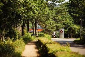 Ein Garten an der Unterkunft Badhotel Rockanje