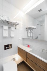 A bathroom at Pod Times Square