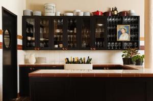A kitchen or kitchenette at Palihotel San Francisco