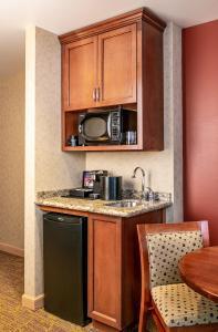 A kitchen or kitchenette at Sky Ute Casino Resort