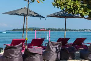 A restaurant or other place to eat at PinkCoco Gili Air