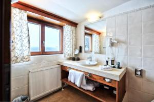 A bathroom at Haldenhof