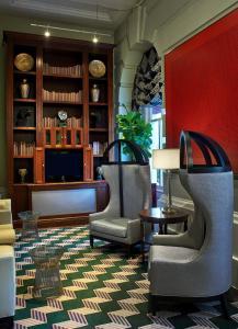 The lobby or reception area at Kimpton Hotel Monaco Washington DC, an IHG Hotel