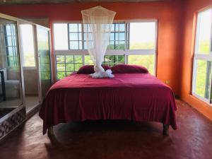 A bed or beds in a room at Welcoming vibes