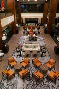 A restaurant or other place to eat at JW Marriott Hotel Bangkok