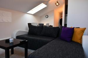 Prostor za sedenje u objektu Gavra bar Apartments