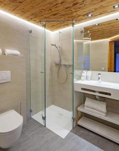 Ein Badezimmer in der Unterkunft Hotel Gasthaus Schäfle