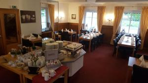 A restaurant or other place to eat at Hotel Altastenberg
