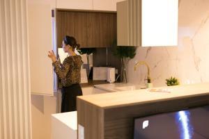 Kuchnia lub aneks kuchenny w obiekcie Apartament Różana