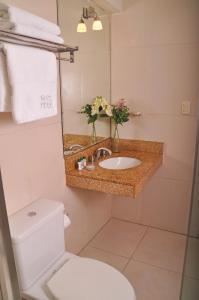 A bathroom at Hotel Ferrua