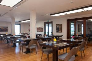 Un restaurante o sitio para comer en Hotel el Mirador de Fuerteventura