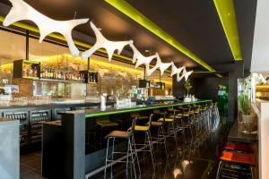 Lounge oder Bar in der Unterkunft Novotel Amsterdam City