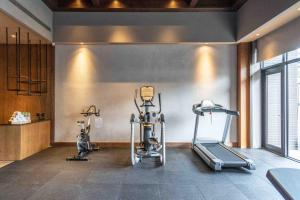 The fitness center and/or fitness facilities at Home Hotel-DaAn