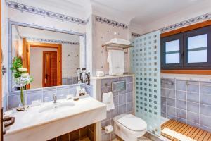 Een badkamer bij Princesa Yaiza Suite Hotel Resort
