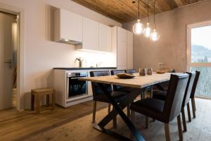 A kitchen or kitchenette at WOO® Loft Resort