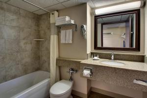 A bathroom at EverSpring Inn & Suites