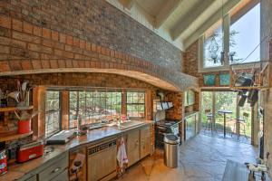 A kitchen or kitchenette at Unique Sedona Home with Mountain Views and Guest House