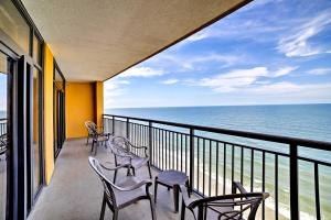 Beachfront Myrtle Beach Condo with Pool and Ocean View