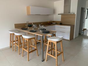 Cuisine ou kitchenette dans l'établissement Calarossa Bay Resort