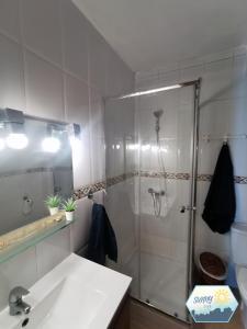 A bathroom at Sunny Churriana-Airport