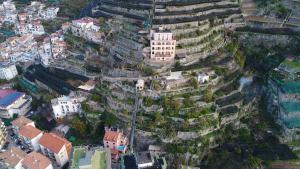 A bird's-eye view of Hotel Botanico San Lazzaro