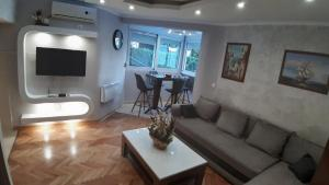 A seating area at Apartment Dar & Mar
