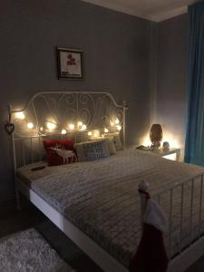 A bed or beds in a room at Homestay Khomenko