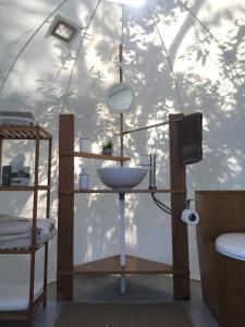 A bathroom at Bubble Lodge Bois Chéri Plantation