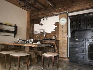 Кухня или мини-кухня в Агроферма Точка Отдыха