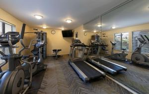 The fitness center and/or fitness facilities at Best Western Seacliff Inn
