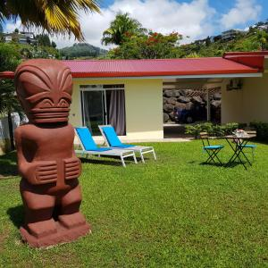 A piscina localizada em Le Tiki Rouge ou nos arredores