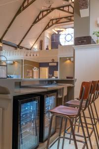 Een keuken of kitchenette bij Church conversion for a unique stay and experience