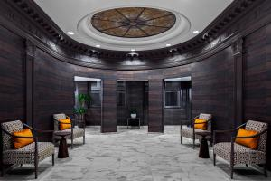 A restaurant or other place to eat at Homewood Suites by Hilton Nashville Downtown