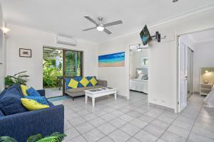 A seating area at Cairns Northern Beaches Holiday Retreat