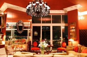 Restaurace v ubytování La Suite by Dussol
