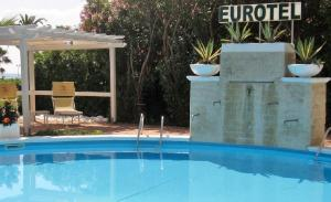 Piscina di Eurotel o nelle vicinanze