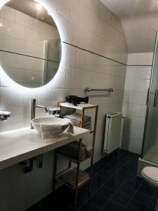 Salle de bains dans l'établissement B&B Madoli