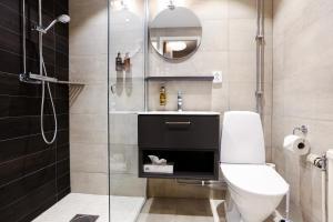 Ett badrum på Statt Hassleholm BW Signature Collection