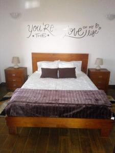Uma cama ou camas num quarto em Casa dos Valentes