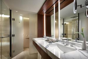 A bathroom at The Shilla Seoul