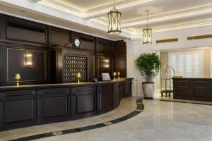 The lobby or reception area at Eastern & Oriental Hotel