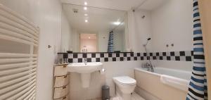 A bathroom at Still Life Liverpool Street