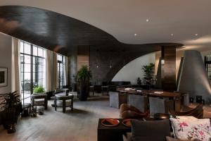 The lobby or reception area at Kimpton La Peer Hotel, an IHG Hotel
