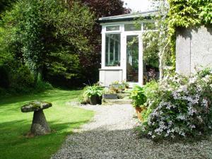 A garden outside Bradridge Farm