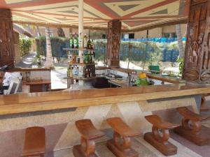 The lounge or bar area at Hotel Jardin Savana Dakar