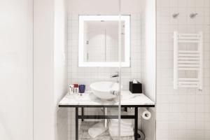 Salle de bains dans l'établissement Mama Shelter Prague