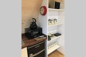 A kitchen or kitchenette at The Burrow