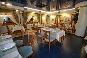 Ресторан / где поесть в Отель Лагуна